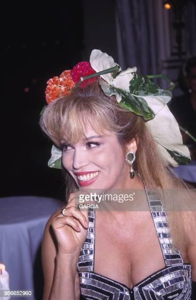Amanda Lear lors de la soirée 'Best' à Biarritz en aout 1992 France
