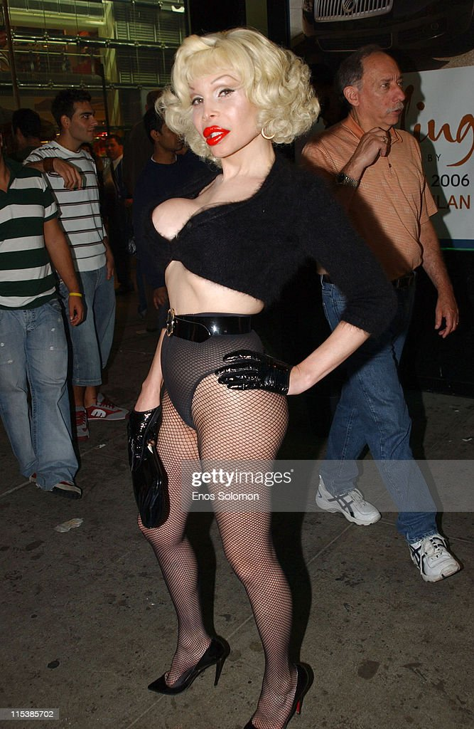 Olympus Fashion Week Spring 2006 - Style Lounge - Day 2 - Patricia Field : News Photo