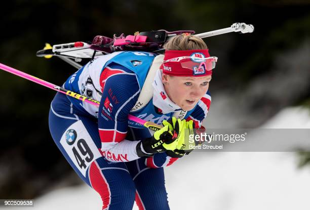 Amanda Lightfoot of Great Britain competes during the 75 km IBU World Cup Biathlon Oberhof women's Sprint on January 4 2018 in Oberhof Germany