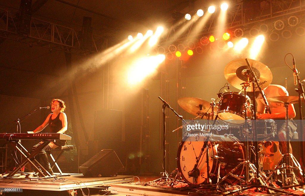 Bonnaroo 2006 - Day 2 - Dresden Dolls : Nachrichtenfoto