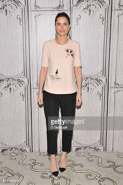 Amanda Peet attends AOL Build Speaker Series Amanda Peet 'Togetherness' at AOL Studios In New York on February 18 2016 in New York City