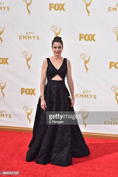 Amanda Peet attends the 67th Annual Primetime Emmy Awards at Microsoft Theater on September 20 2015 in Los Angeles California