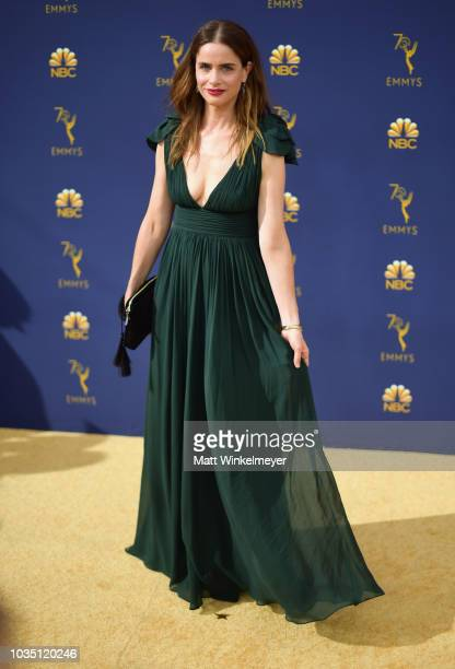 Amanda Peet attends the 70th Emmy Awards at Microsoft Theater on September 17 2018 in Los Angeles California