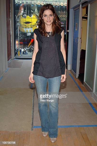 Amanda Peet during Ashton Kutcher and Amanda Peet Visit MTV's 'TRL' April 19 2005 at MTV Studios Times Square in New York City New York United States