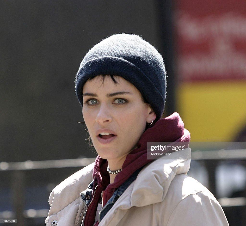 "Amanda Peet A Lot Like Love amanda peet takes a break while on set for the movie ""a lot"
