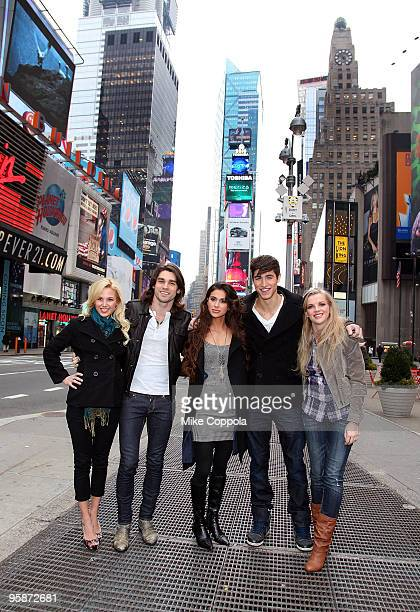 Amanda Phillips Justin Gaston Giglianne Braga Benjamin Elliot and Kara Killmer attend If I Can Dream cast photo op in Times Square on January 19 2010...