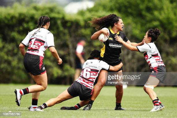 Amanda Rasch of Wellington charges forward against Counties Manukau during the TECT National Sevens tournament at Tauranga Domain on December 15 2018...