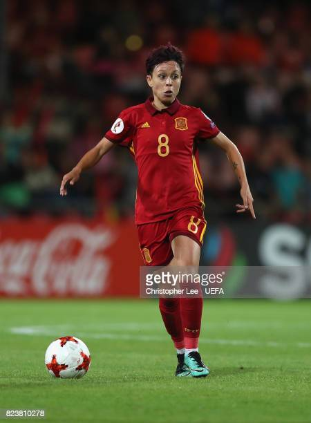 Amanda Sampedro of Spain in action during the UEFA Women's Euro 2017 Group D match between Scotland and Spain at Stadion De Adelaarshorst on July 27...