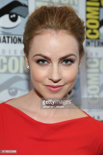 Amanda Schull attends the '12 Monkeys' press line on ComicCon International 2017 Day 1 on July 20 2017 in San Diego California