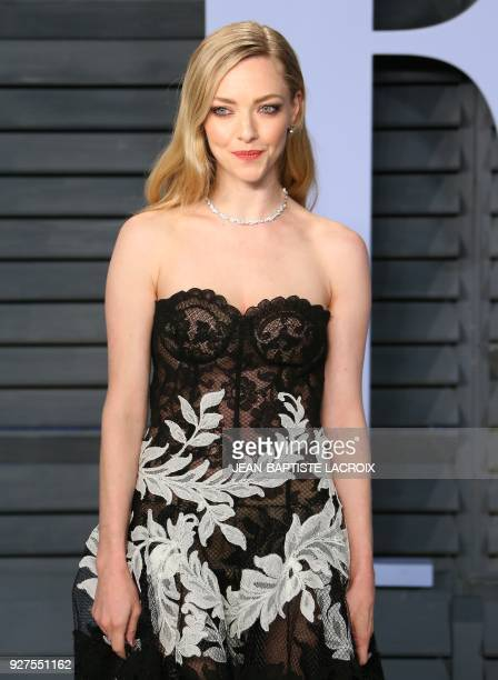 Amanda Seigfried attends the 2018 Vanity Fair Oscar Party following the 90th Academy Awards at The Wallis Annenberg Center for the Performing Arts in...