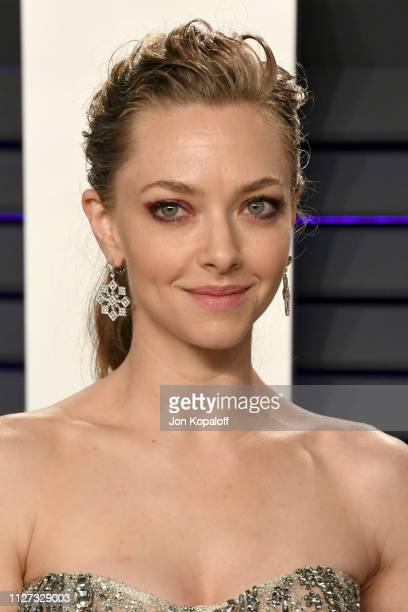 Amanda Seyfried attends the 2019 Vanity Fair Oscar Party hosted by Radhika Jones at Wallis Annenberg Center for the Performing Arts on February 24...