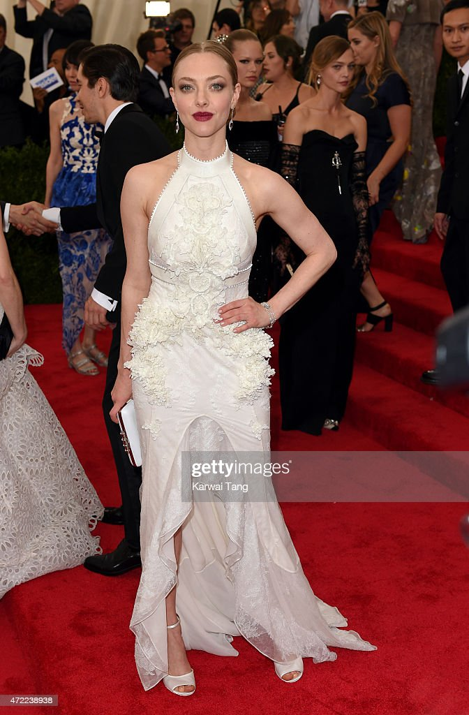 Amanda Seyfried attends the 'China: Through The Looking Glass' Costume Institute Benefit Gala at Metropolitan Museum of Art on May 4, 2015 in New York City.