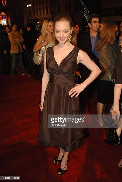 Amanda Seyfried during HBO Original Series 'Big Love' Premiere Red Carpet at Grauman's Chinese Theater in Hollywood California United States