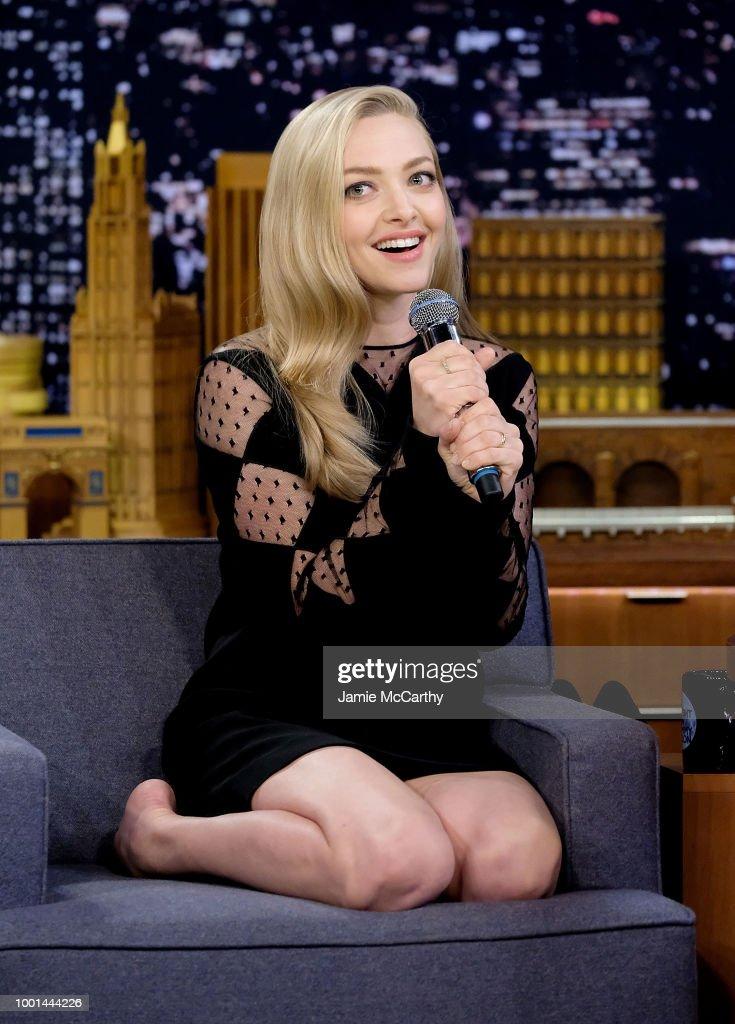 "Amanda Seyfried & Daveed Diggs Visit ""The Tonight Show Starring Jimmy Fallon"" : News Photo"