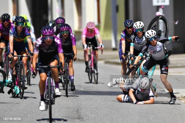 Amanda Spratt of Australia, Georgia Williams of New Zealand & Grace Brown of Australia and Team BikeExchange involved in a crash with a few...