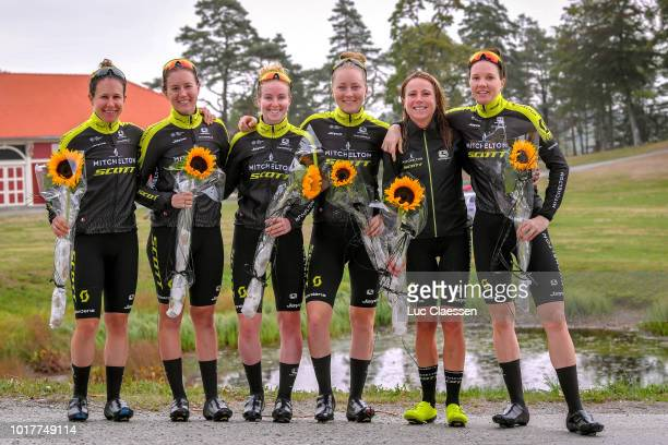 Amanda Spratt of Australia/ Gracie Elvin of Australia / Sara Roy Kennedy of Australia / Alexandra Manly of Australia / Annemiek Van Vleuten of The...