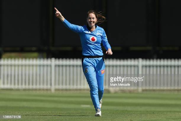 Amanda-Jade Wellington of the Strikers celebrates taking the wicket of Georgia Voll of the Heat during the Women's Big Bash League WBBL match between...