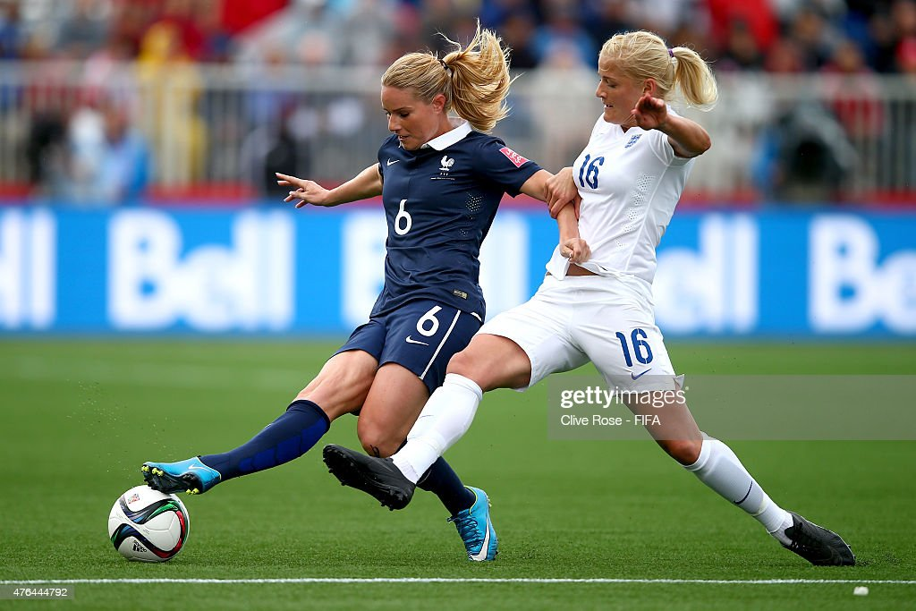 France v England: Group F - FIFA Women's World Cup 2015 : ニュース写真