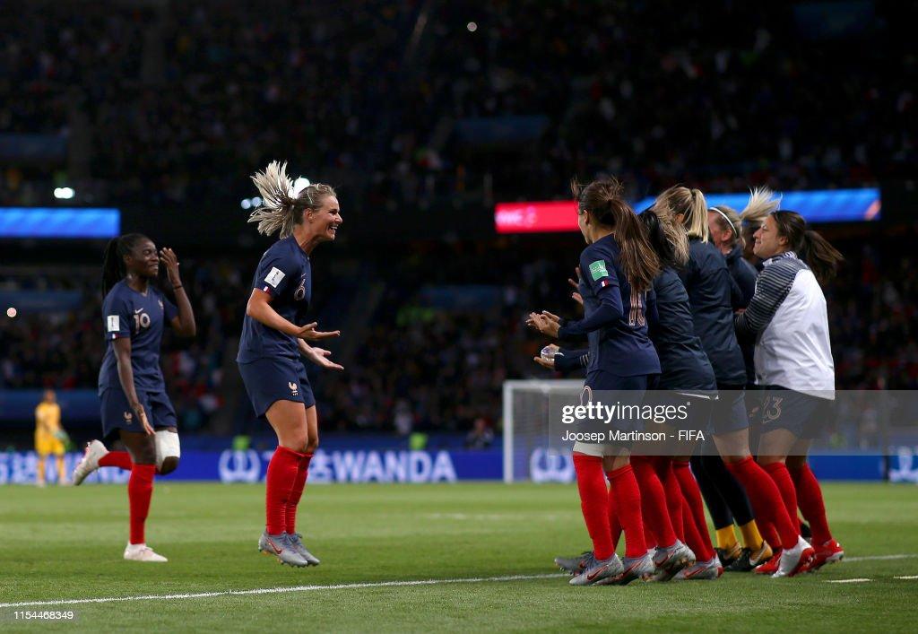 France v Korea Republic: Group A - 2019 FIFA Women's World Cup France : Photo d'actualité