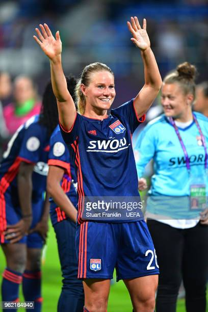 Amandine Henry of Lyon celebrates after the UEFA Womens Champions League Final between VfL Wolfsburg and Olympique Lyonnais on May 24 2018 in Kiev...