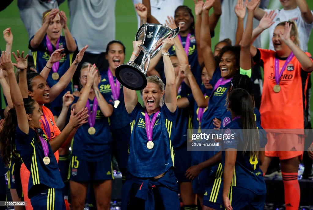 VfL Wolfsburg Women's v Olympique Lyonnais - UEFA Women's Champions League Final : News Photo