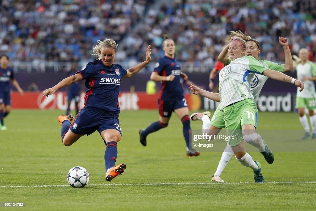 "UEFA Women's Champions League""VfL Wolfsburg women v Olympique Lyonnais women"" : Fotografia de notícias"