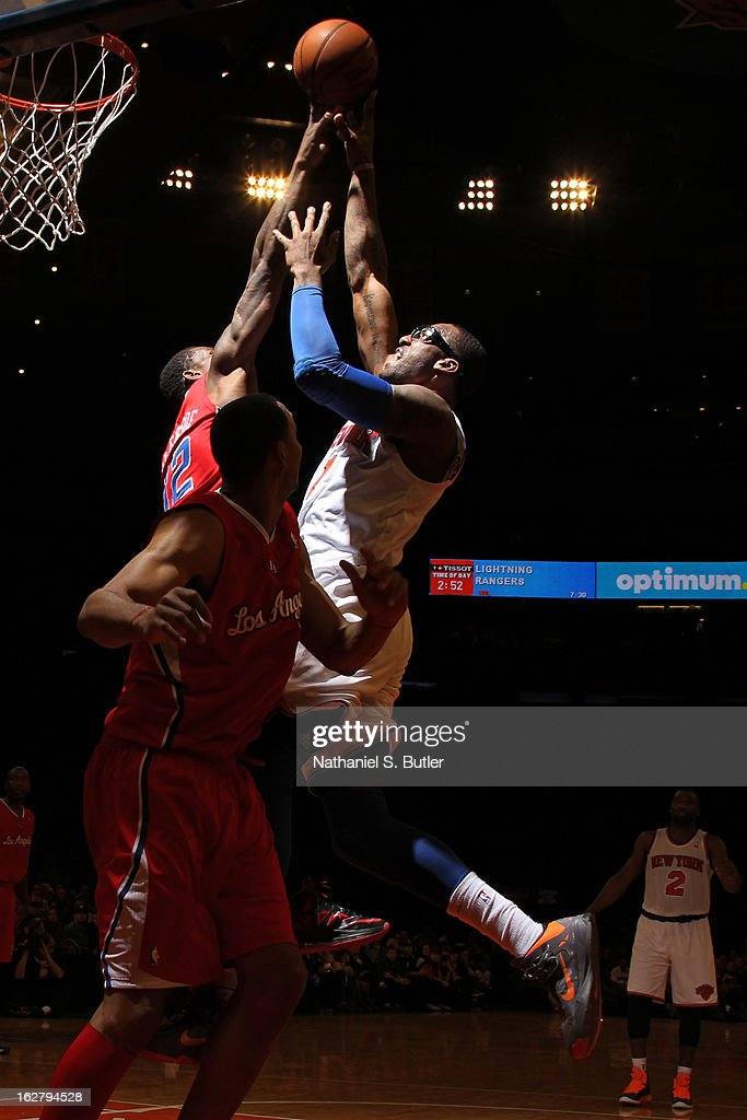 Amar'e Stoudemire #1 of the New York Knicks drives to the basket against the Los Angeles Clippers on February 10, 2013 in a game between the Los Angeles Clippers and the New York Knicks at Madison Square Garden in New York City.