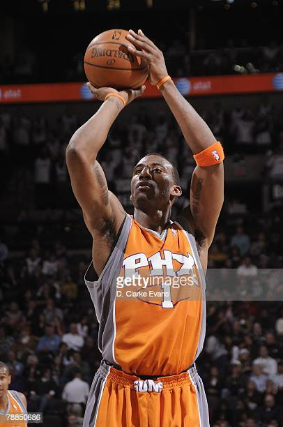 Amare Stoudemire of the Phoenix Suns shoots a free throw during the game against the San Antonio Spurs on December 17 2007 at the ATT Center in San...