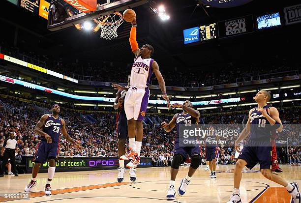 Amar'e Stoudemire of the Phoenix Suns slam dunks the ball against the Cleveland Cavaliers during the NBA game at US Airways Center on December 21...