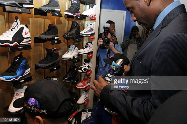 826dcb025 Amar e Stoudemire shops with children at the NBA Store on September 15 2010  in