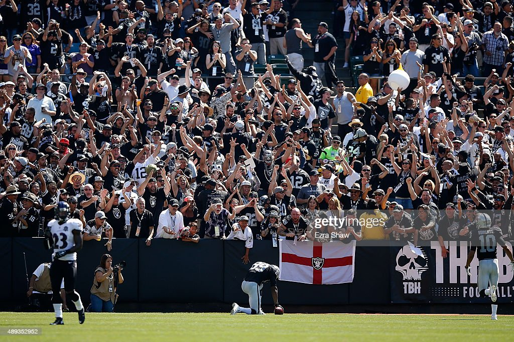 Amari Cooper #89 of the Oakland Raiders celebrates a touchdown in the first quarter against the Baltimore Ravens at Oakland-Alameda County Coliseum on September 20, 2015 in Oakland, California.