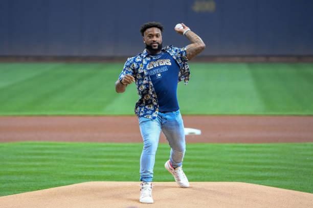 WI: Pittsburgh Pirates v Milwaukee Brewers