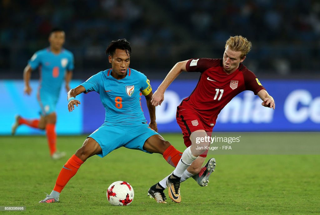 Amarjit Kiyam of India battles with Andrew Carleton of United States of America during the FIFA U-17 World Cup India 2017 group A match between India and USA at Jawaharlal Nehru Stadium on October 6, 2017 in New Delhi, India.