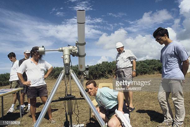 Amateur astronomers ready to see the eclipse in France on August 08 1999
