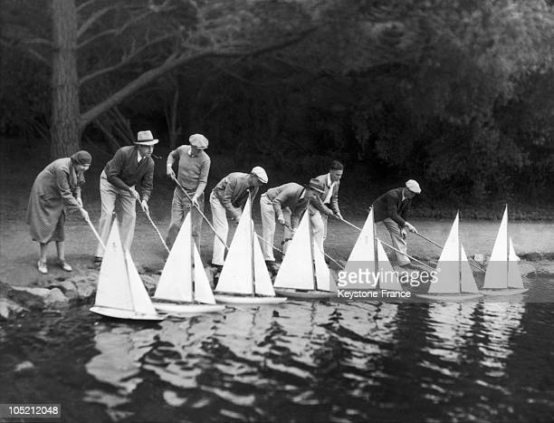 Amateurs Of Model Boat Of San Francisco Club Reproduce A Regatta Of Sailboats On The Lake Of The Golden Gate Park In San Francisco On July 17 1933