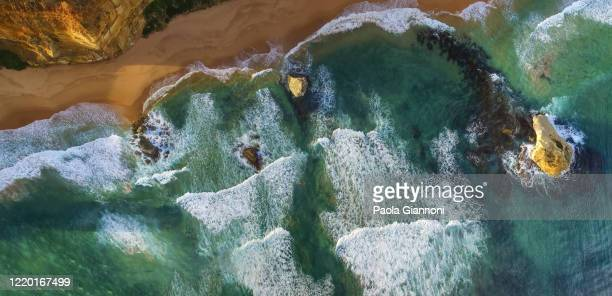 amazing coastline along the great ocean road, victoria, australia - rock formation stock pictures, royalty-free photos & images