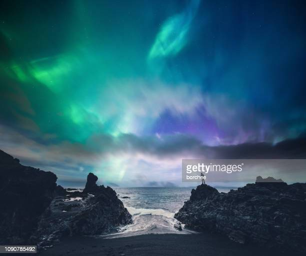 amazing iceland - aurora borealis stock pictures, royalty-free photos & images