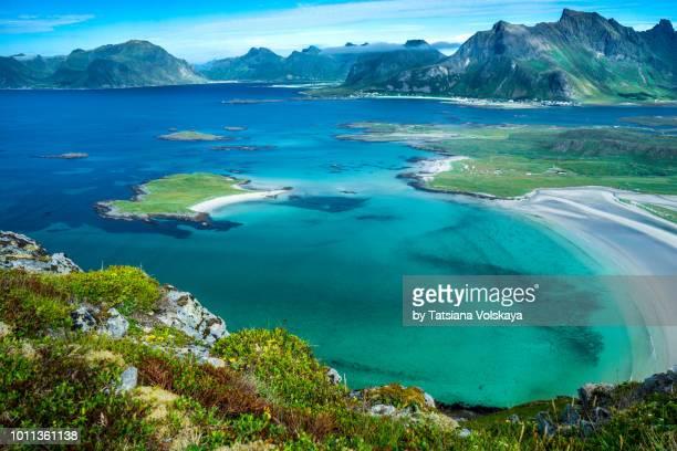 amazing seaview from the mountain range near ytresand, lofoten islands, norway - norden stock-fotos und bilder