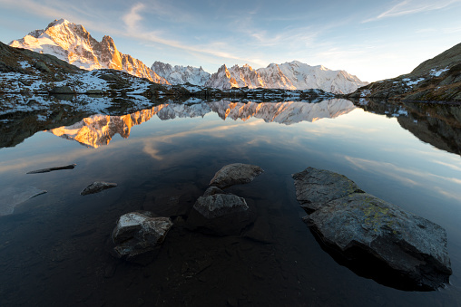 Amazing sunset in the front of the summit of Europe : Mont Blanc - gettyimageskorea