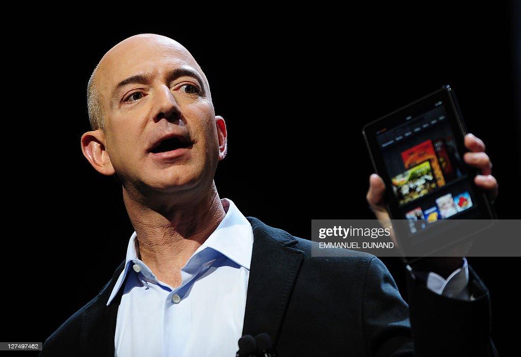 Amazon CEO Jeff Bezos introduces the new : News Photo