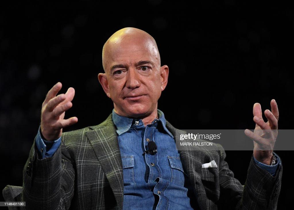 US-IT-lifestyle-Amazon-internet-technology-economy-computers : News Photo