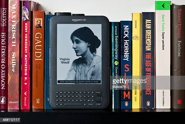 amazon kindle ebook device - virginia woolf stock photos and pictures