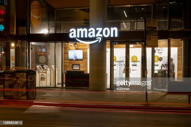 amazon pick up - amazon prime stock pictures, royalty-free photos & images