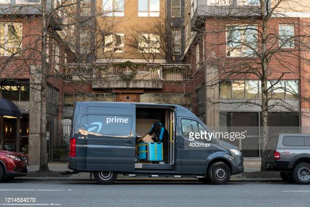 amazon prime delivery - brand name stock pictures, royalty-free photos & images