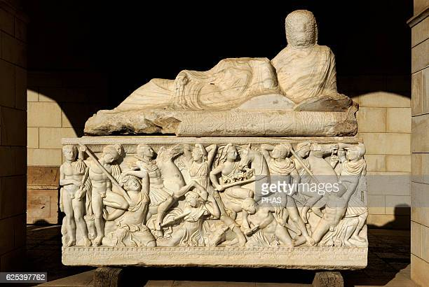 Amazon sarcophagus Marble Tel Mevorah Roman Period Early 3rd century AD Batlle between the Amazons and the Greeks Relief The lid bears te unfinished...