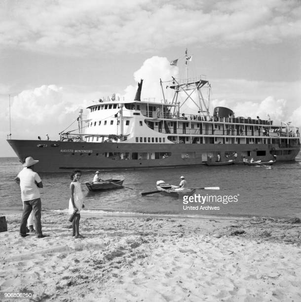 Amazonas shipping from Bel_m to Manàus arrival Brazil 1966