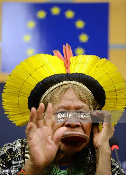 Amazonian Indian tribe Kayapo chief Raoni Metuktire speaks during a press conference at the European Parliament in Strasbourg eastern France on...