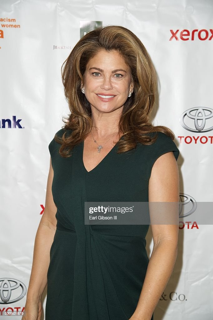 2016 YWCA Greater Los Angeles' Phenomenal Woman Awards - Arrivals : News Photo