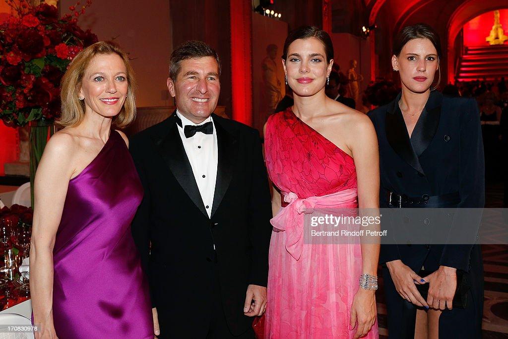 'Liaisons Au Louvre III' Charity Gala - Arrivals