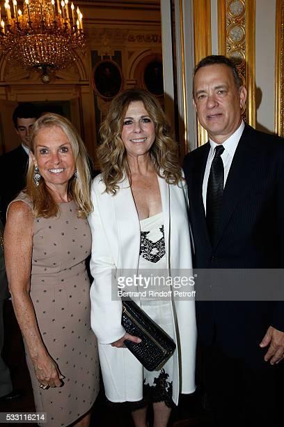 Ambassador of USA in France Jane D Hartley Actor Tom Hanks and his wife actress Rita Wilson attend Tom Hanks Tom Brokaw Gordon Nick Mueller receive...